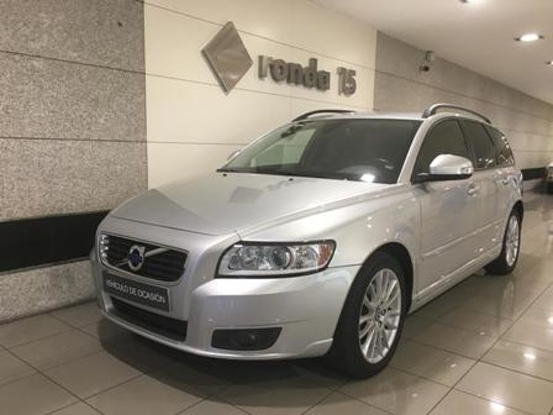 Volvo V50 V50 D4 Momentum Manual