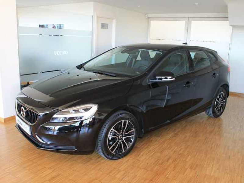 Volvo V40 V40 D2 Momentum Manual